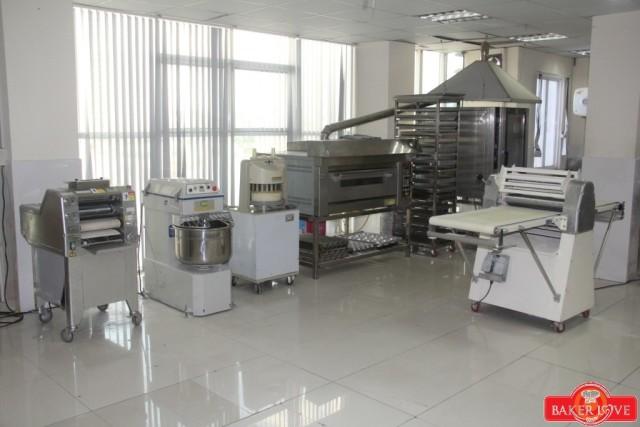 các loại máy móc học làm bánh