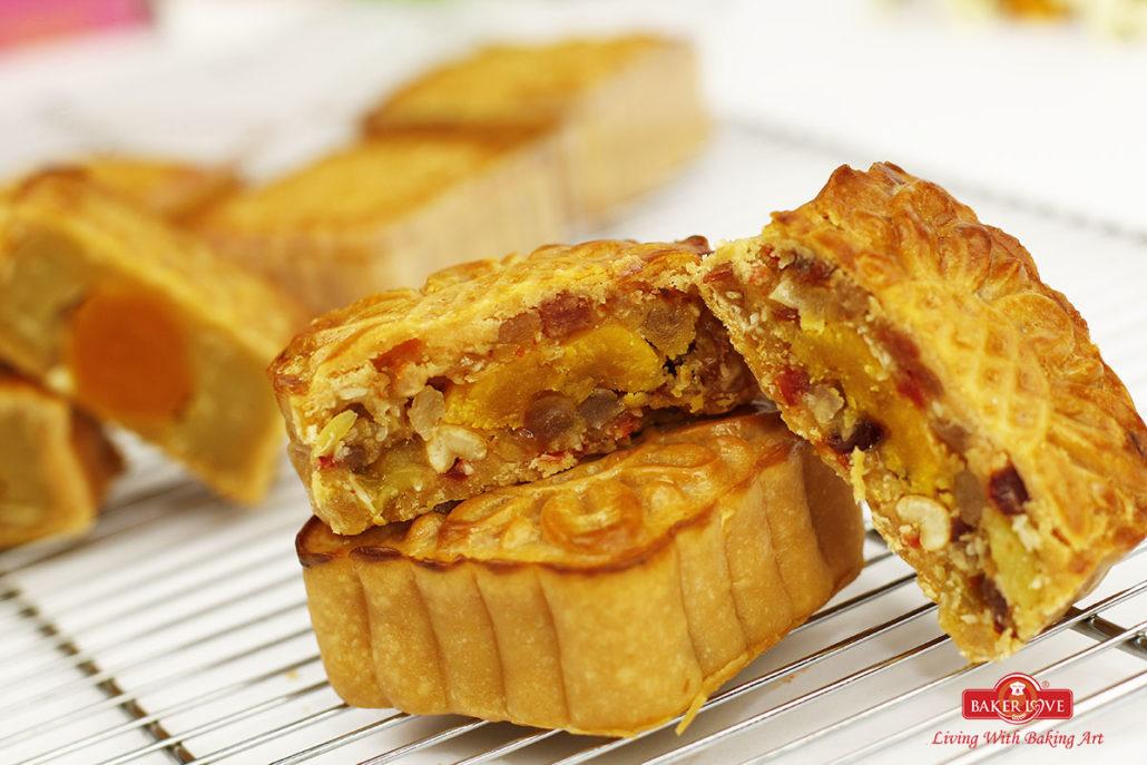 Học làm bánh Trung thu, bánh Pía, bánh Dẻo