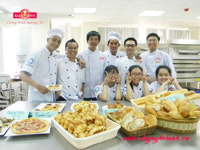 Học Làm Bánh Âu Bánh Kem Chuyên Nghiệp