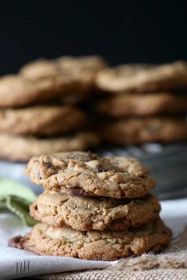 espresso-dipped-pistachio-cookies
