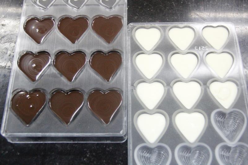 Tự làm chocolate cho ngày Valentine <3