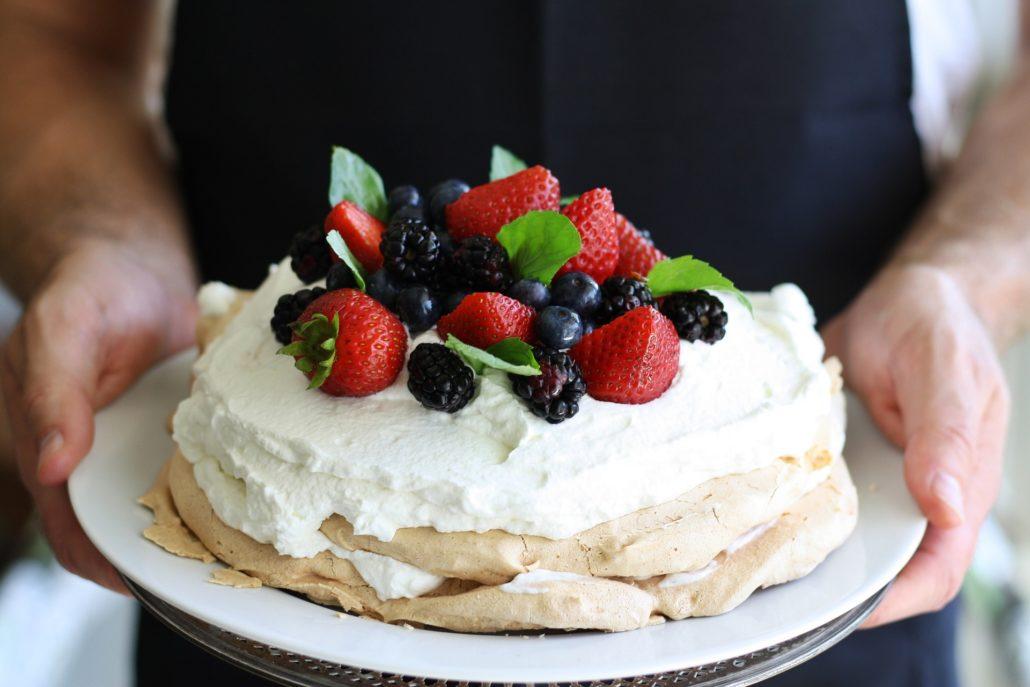 Bánh Pavlova- Úc, Newzeland giáng sinh
