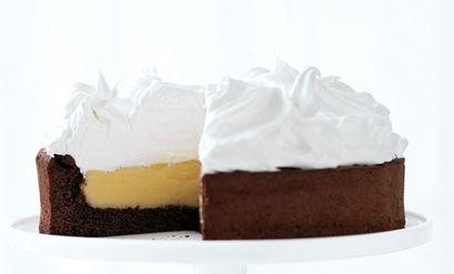 Lemon meringue chocolate cake