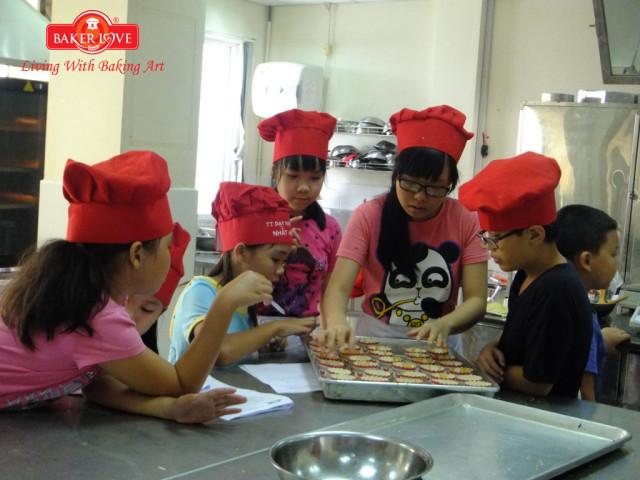 baking 4 kid