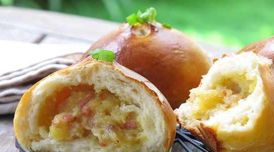 Học làm bánh Mashed Potato Bacon Bread