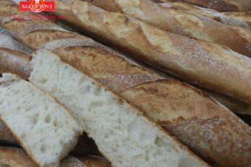 Dạy làm bánh mì Baguette Pháp